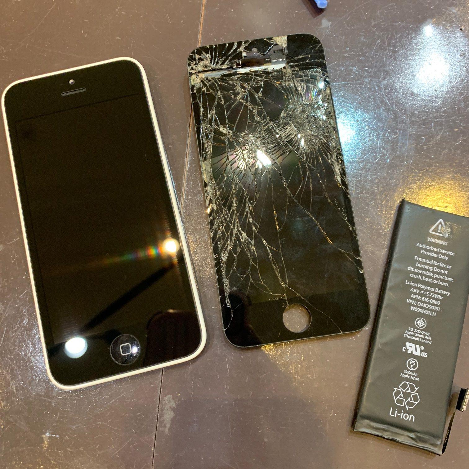 フロントガラス割れ・バッテリー交換同時修理も最短1時間以内|佐賀県アイフォン修理11/12Open