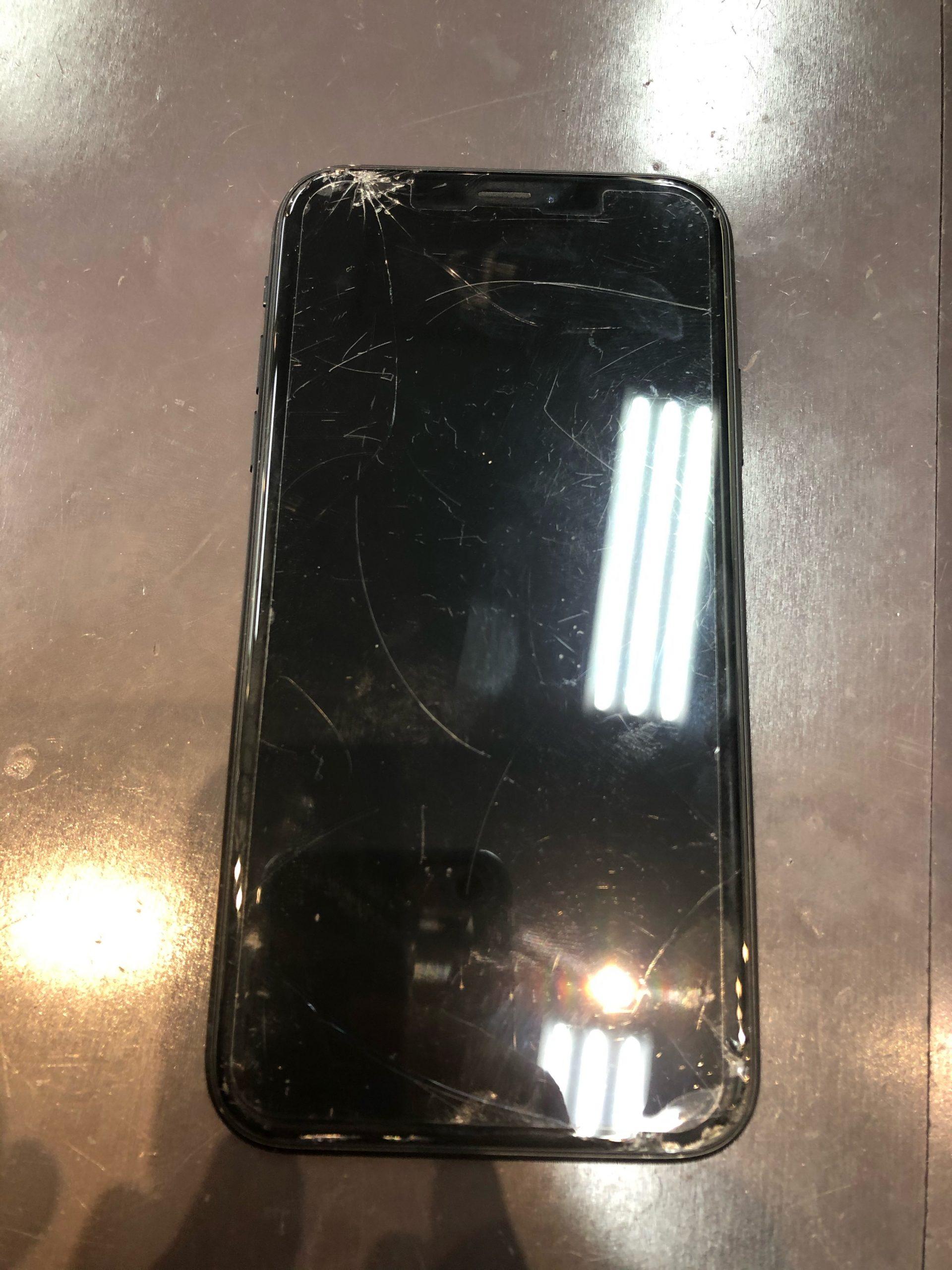 【iPhoneXR】画面割れしました。〈佐賀市よりご来店〉