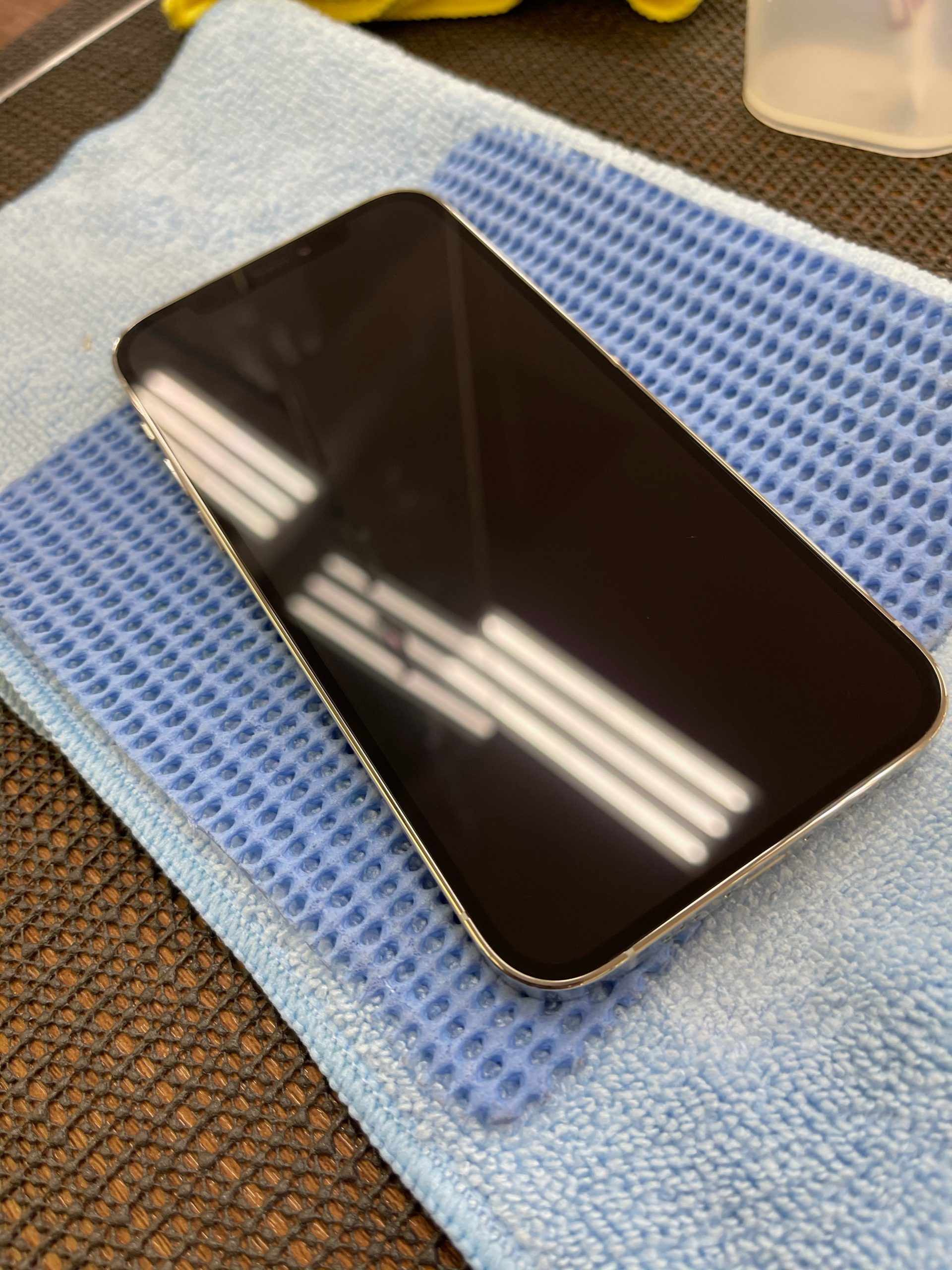 【iPhone12】ガラスコーティングをお願いします。〈佐賀市よりご来店〉