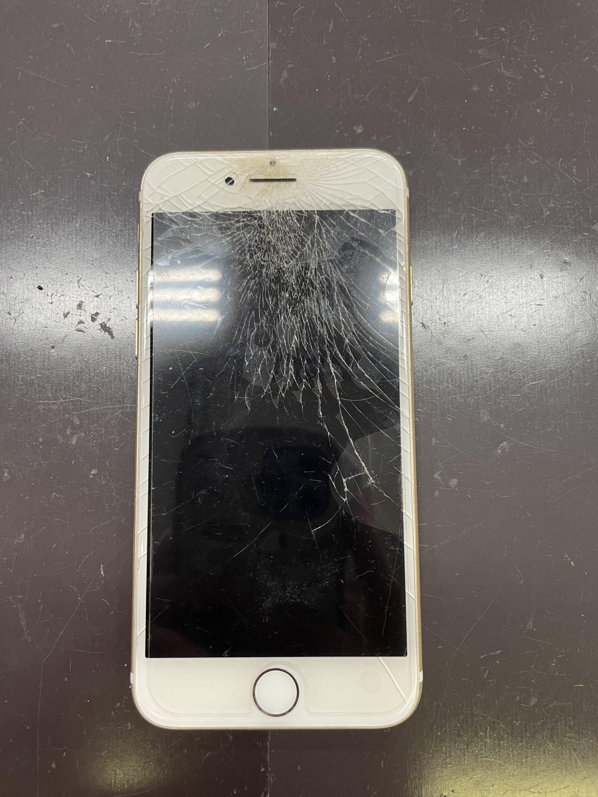 気付かぬうちに画面が・・【iPhone6|佐賀県iPhone修理|神埼市よりご来店】