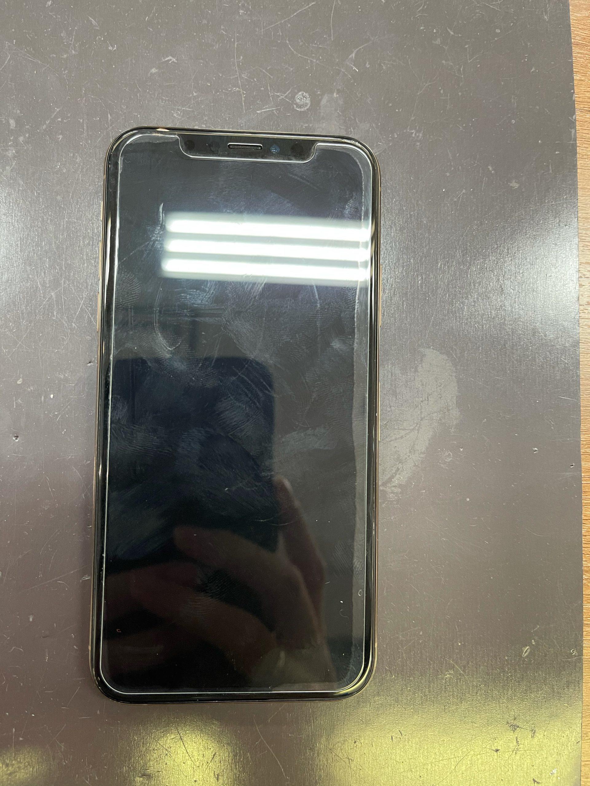 【iPhoneXS】急に電源が入らなくなりました。≪佐賀市よりご来店≫